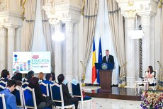 """Într-o zi, va veni să ne spună: """"România nu mai există"""". Ca să fim informaţi"""