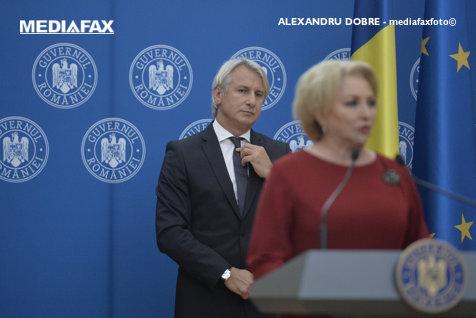 """Ministrul cu chiloţii hi-fi scoate una tare: """"taxa pe lăcomie"""""""
