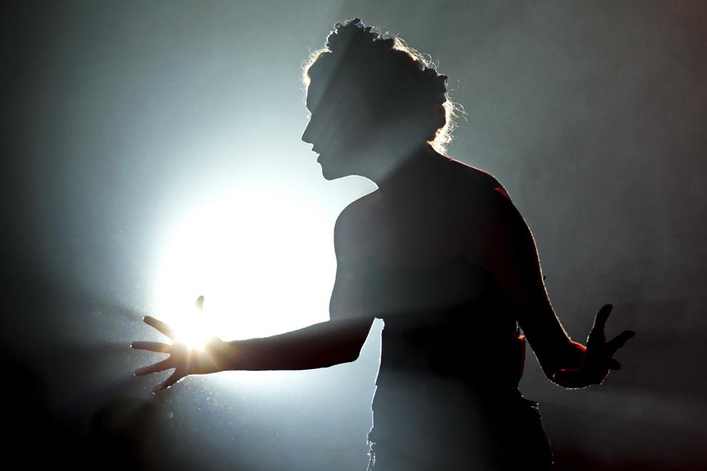 """Actriţa Sânziana Tarta evoluează în spectacolul - eveniment """"Maria de Buenos Aires"""", pe muzica lui Astor Piazzolla, libretul Horacio Ferrer, în regia Adei Lupu, realizat de Teatrul Naţional din Timişoara, sâmbătă, 18 aprilie 2015. Spectacolul a încheiat The Art of Ageing 1st European Theatre and Science Festival, eveniment care a avut loc în perioada 16 – 18 aprilie în Timişoara, în cadrul Festivalului European al Spectacolului – Festivalul Dramaturgiei Româneşti."""