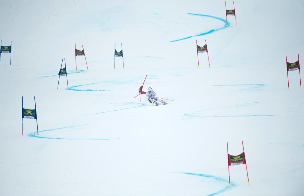 Francezul Alexis Pinturault concurează în cadrul probei de slalom uriş masculin din cadrul Cupei Mondiale FIS, în Garmisch-Partenkirchen, Germania, duminică, 24 februarie 2013.