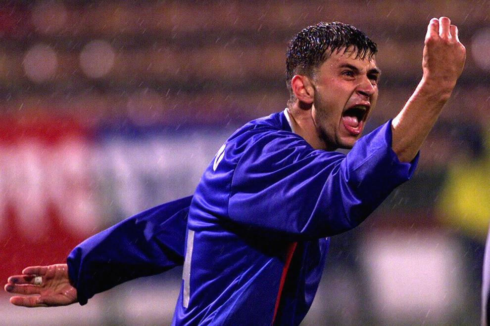 Claudiu Răducanu de la Steaua Bucureşti gesticulează, in timpul meciului disputat contra formaţiei Southampton, în manşa secundă a turului intii al Cupei UEFA, în Bucureşti, joi, 16 octombrie 2003.