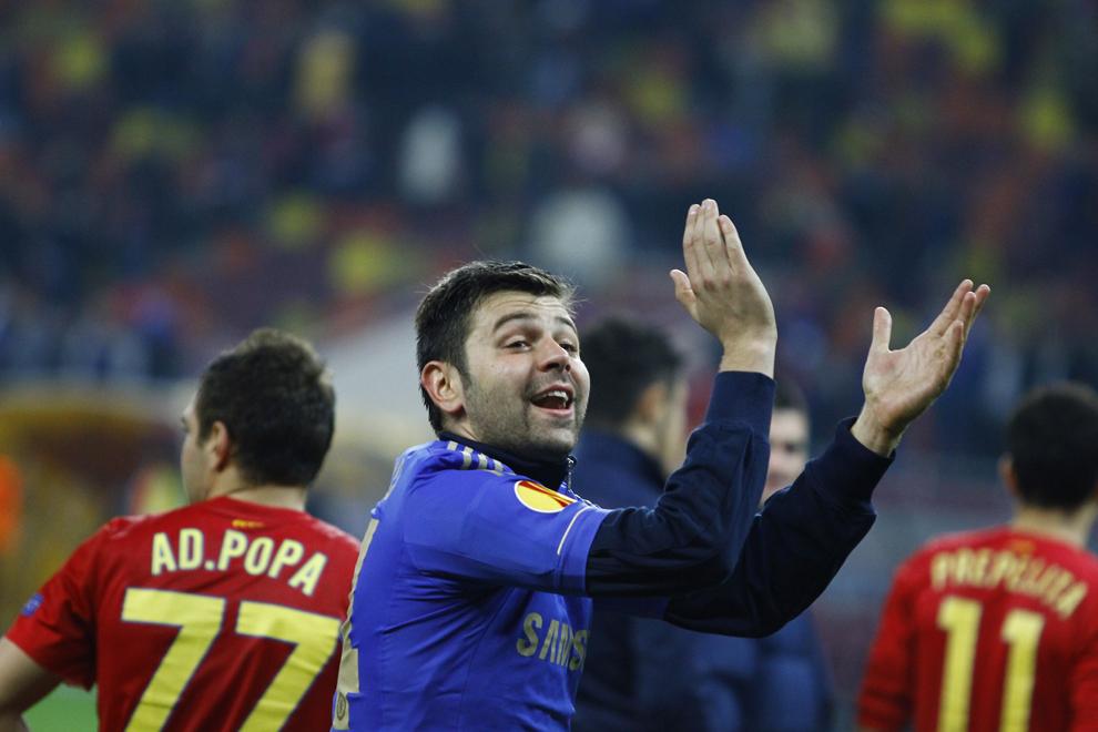 Raul Rusescu, de la Steaua Bucureşti, se bucură la finalul meciului cu Chelsea Londra, contând pentru prima manşă a optimilor de finală ale Ligii Europa, disputat în Bucureşti, joi, 7 martie 2013.
