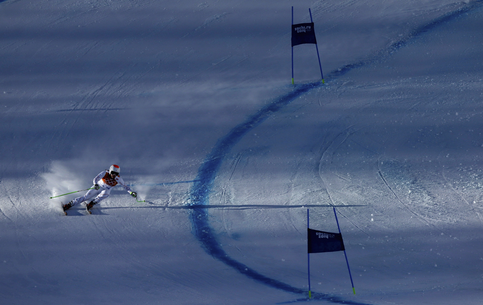 Stacey Cook, Statele Unite ale Americii, se antrenează pentru proba feminină de schi alpin - coborâre, din cadrul Jocurilor Olimpice de Iarnă, în Rosa Hutor, Rusia, sâmbătă, 8 februarie 2014.