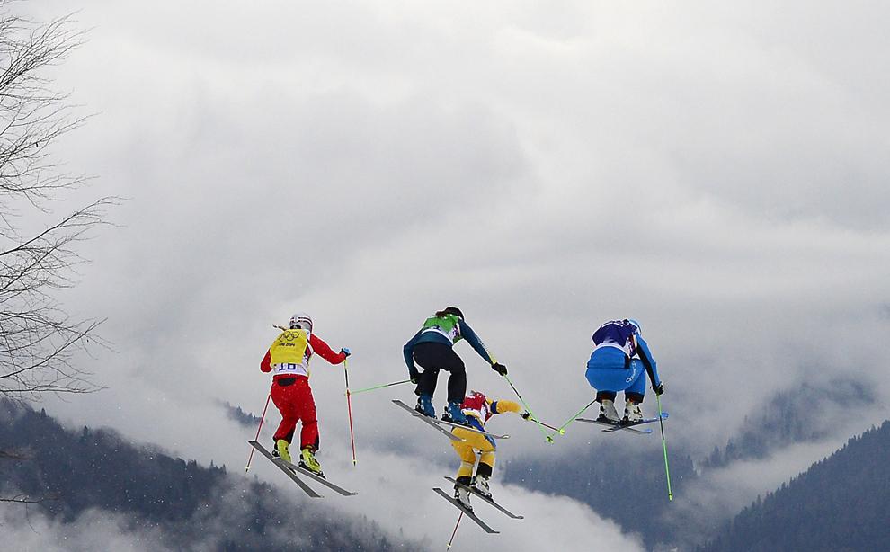 Schioare concurează în finala mică a probei de schi alpin - schi cross freestyle, din cadrul Jocurilor Olimpice de Iarnă, în Rosa Hutor, Rusia, vineri, 21 februarie 2014.