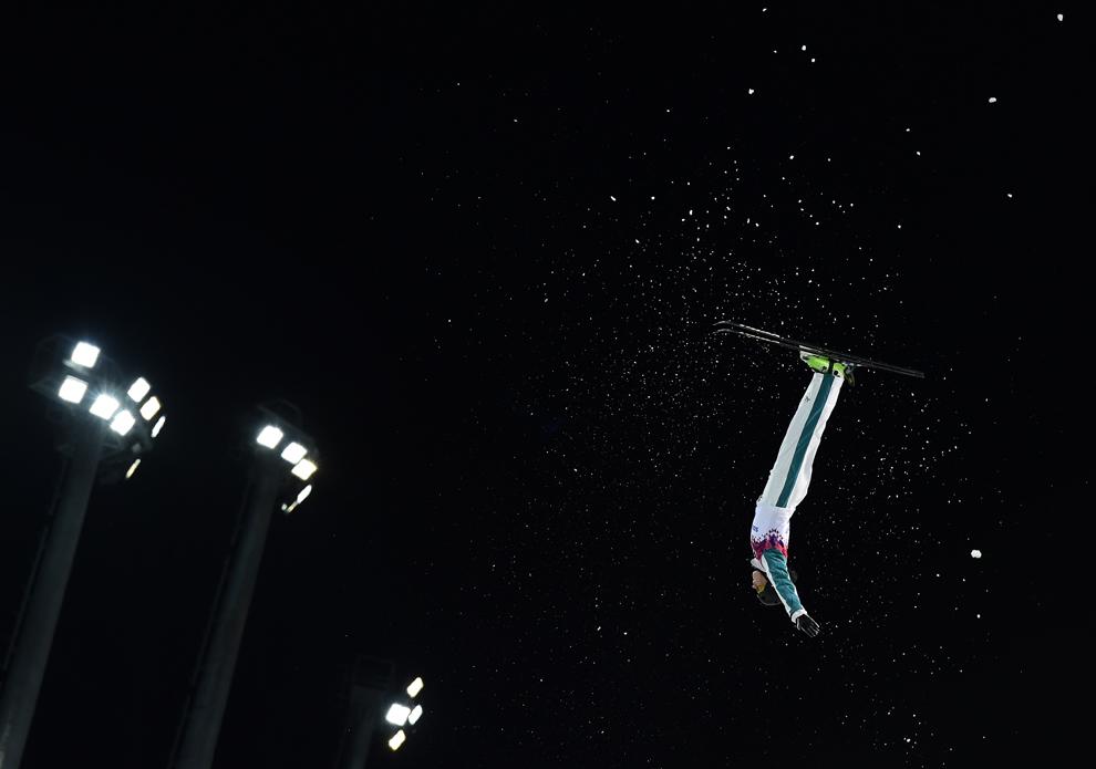 Laura Peel, Australia, concurează în finala de schi acrobatic freestyle, în timpul Olimpiadei de Iarnă de la Soci, centrul alpin Rosa Kuthor, februarie 14, 2014.