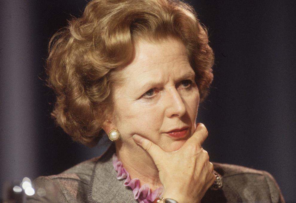 Premierul britanic Margaret Thatcher priveşte gânditoare în timpul Congresului Partidului Conservator britanic, în Blackpool, în octombrie 1985.