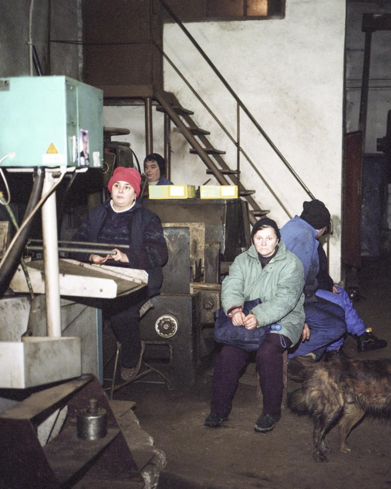 Apelul de dimineaţă, Ateliere Centrale Criscior, Hunedoara.