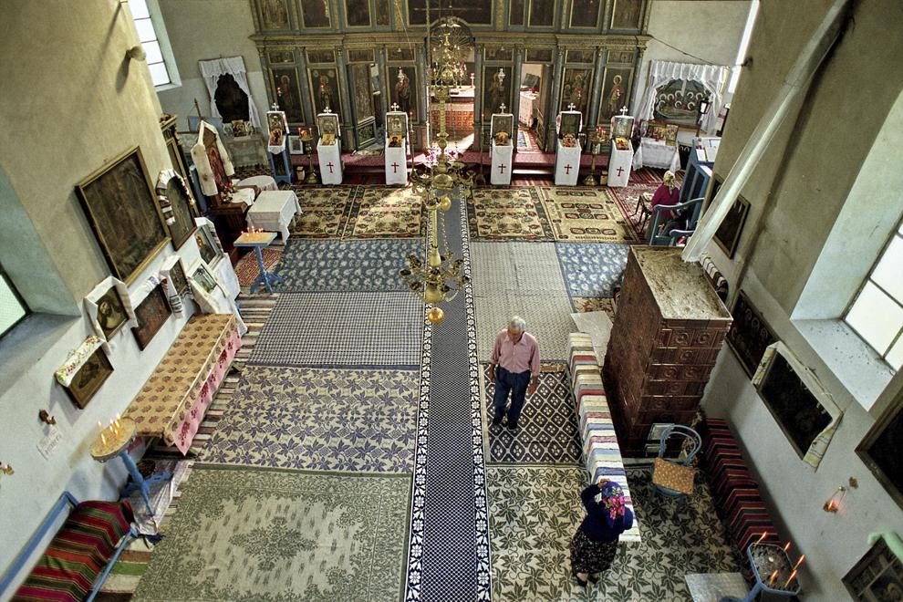 Letea, interiorul bisericii.