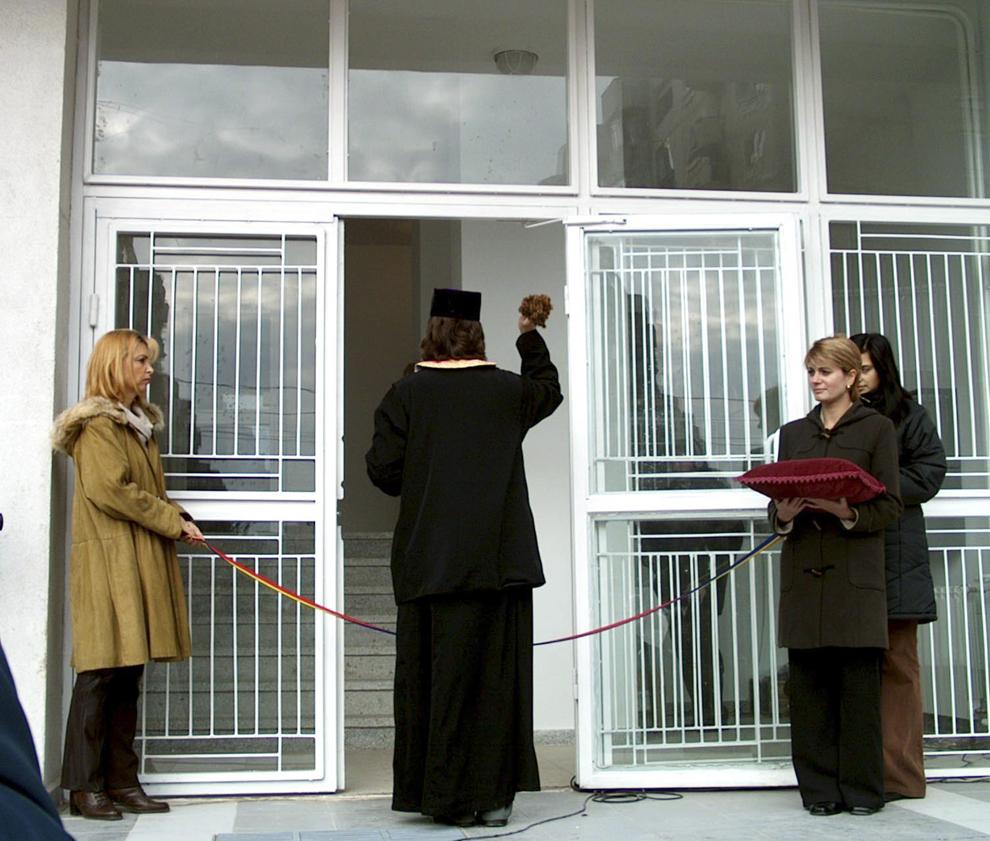 Inaugurarea unui tronson al blocului pentru magistraţi.