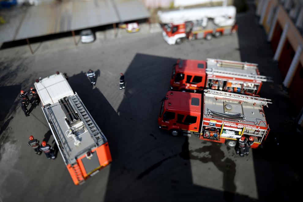 Unitate de pompieri, în Bucureşti, vineri, 4 aprilie 2014.