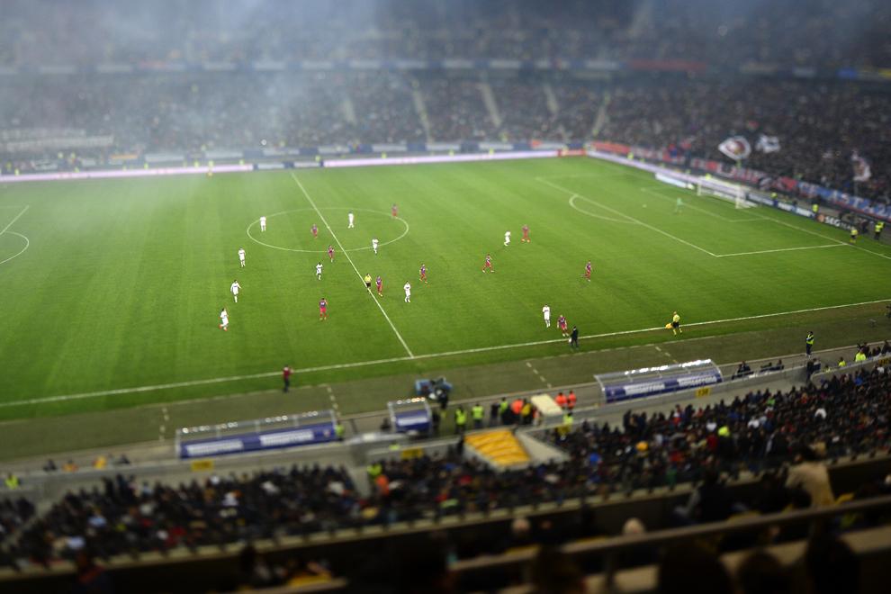 Imagine din meciul de fotbal contând pentru semifinalele Cupei României dintre Steaua Bucureşti şi Dinamo Bucureşti, pe stadionul Arena Naţională, în Bucureşti, joi, 27 martie 2014.