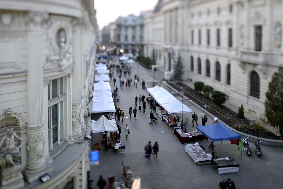 Imagine din Centrul Vechi, în Bucureşti, joi, 3 aprilie 2014.