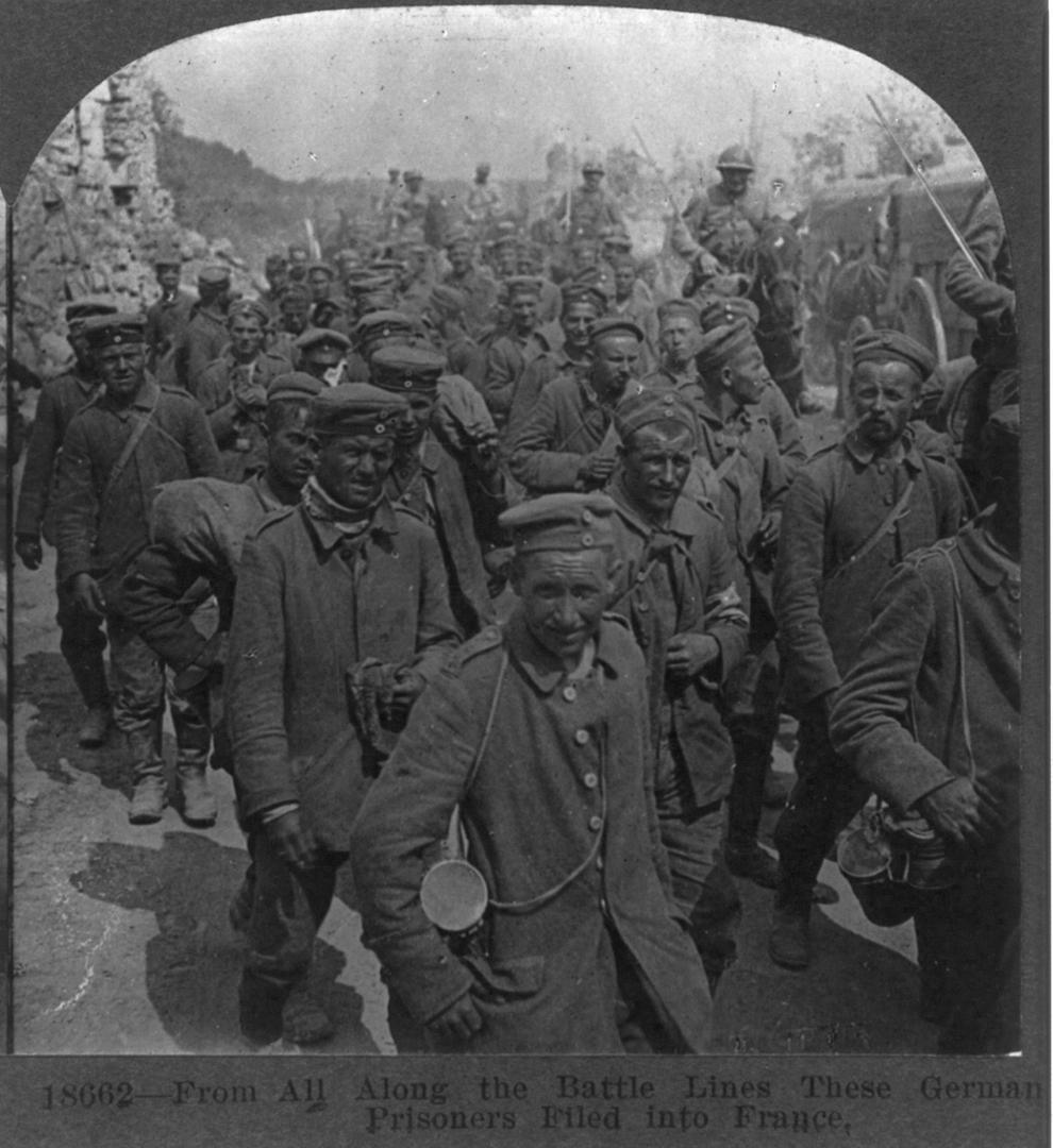 Prizonieri germani.