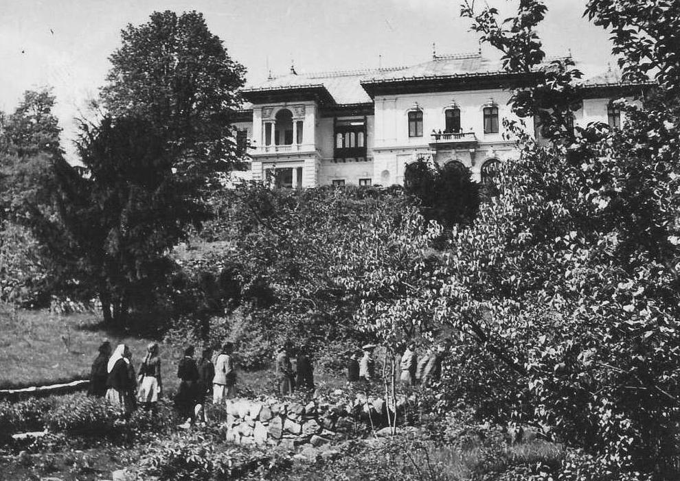 Grădina Casei Pionierilor din Bucureşti, 1953.