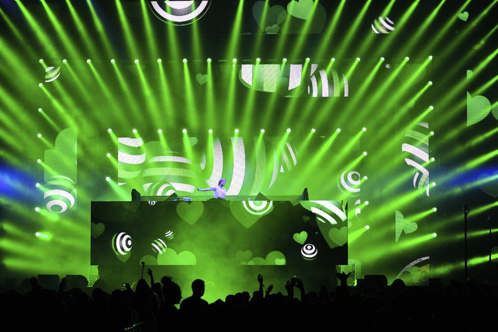 Michael Calfan sustine un concert in prima zi a festivalului Untold, pe stadionul Cluj Arena, in Cluj-Napoca, joi, 30 iulie 2015.