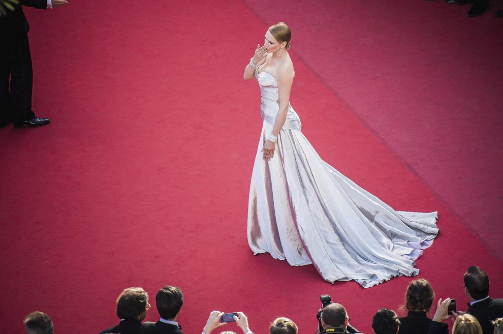 Actriţa Uma Thurman participă la premiera filmului 'Zulu' şi la ceremonia de incheiere a celei de-a 66-a ediţii a Festivalului de Film de la Cannes, la Palatul Festivalurilor din Cannes, duminică, 26 mai 2013. Imagine procesată cu ajutorul filtrelor digitale.
