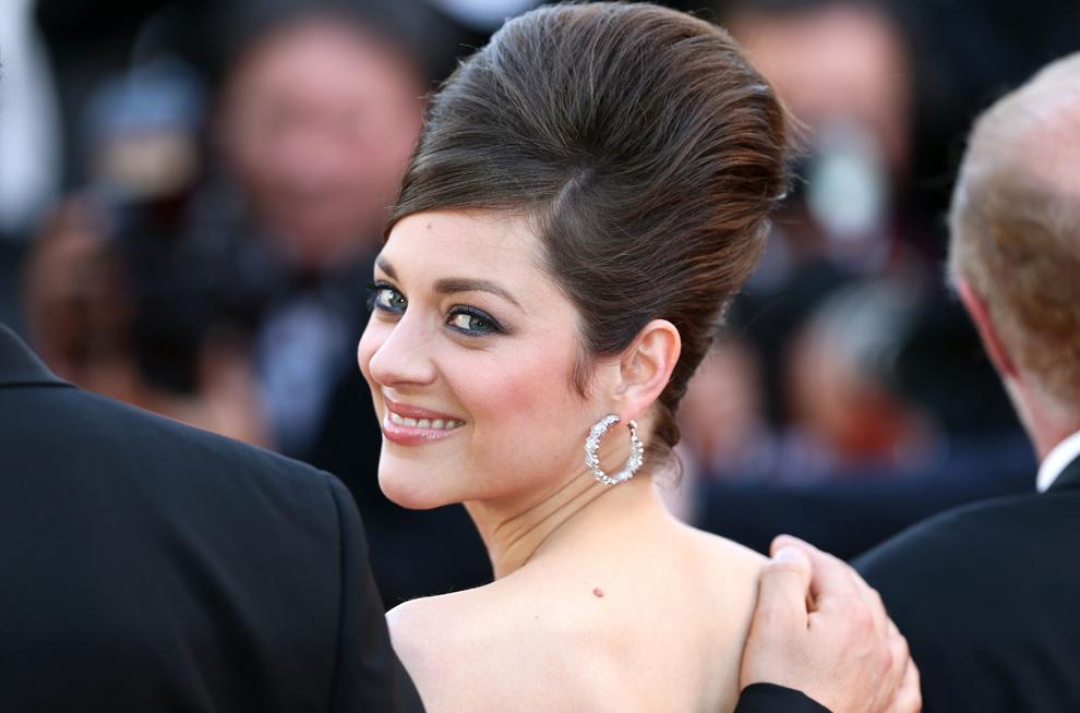 Marion Cotillard soseşte la proiecţia filmului 'Blood Ties', în timpul celei de-a 66-a ediţii a Festivalului de Film de la Cannes, la Palatul Festivalurilor din Cannes, luni, 20 mai 2013.