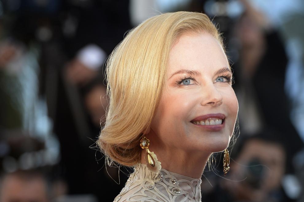 Actriţa australiană şi membră a juriului secţiunii Film de lung metraj, Nicole Kidman, pozează în timp ce soseşte la proiecţia filmului 'Nebraska', prezentat în cadrul competiţia celei de-a 66-a ediţii a Festivalului de Film de la Cannes, în Cannes, joi, 23 mai 2013.