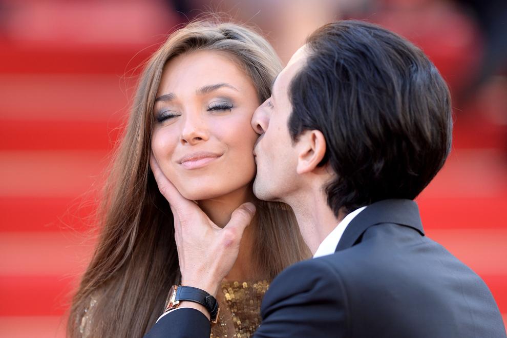 Lara Nieto şi Adrian Brody participă la proiecţia filmului 'Cleopatra', prezentat în cadrul secţiunii Cannes Classics a celei de-a 66-a ediţii a Festivalului de Film de la Cannes, în Cannes, marţi, 21 mai 2013.