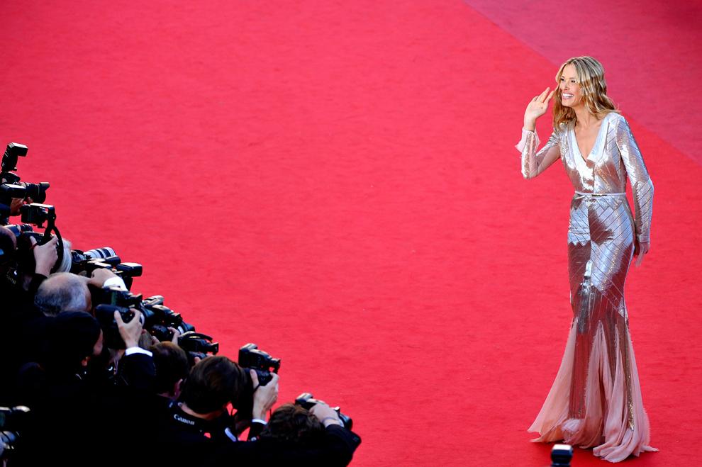 Modelul Petra Nemcova participă la premiera filmului 'Behind The Candelabra', în timpul celei de-a 66-a ediţii a Festivalului de Film de la Cannes, la Teatrul Mare Lumier din Cannes, marţi, 21 mai 2013.