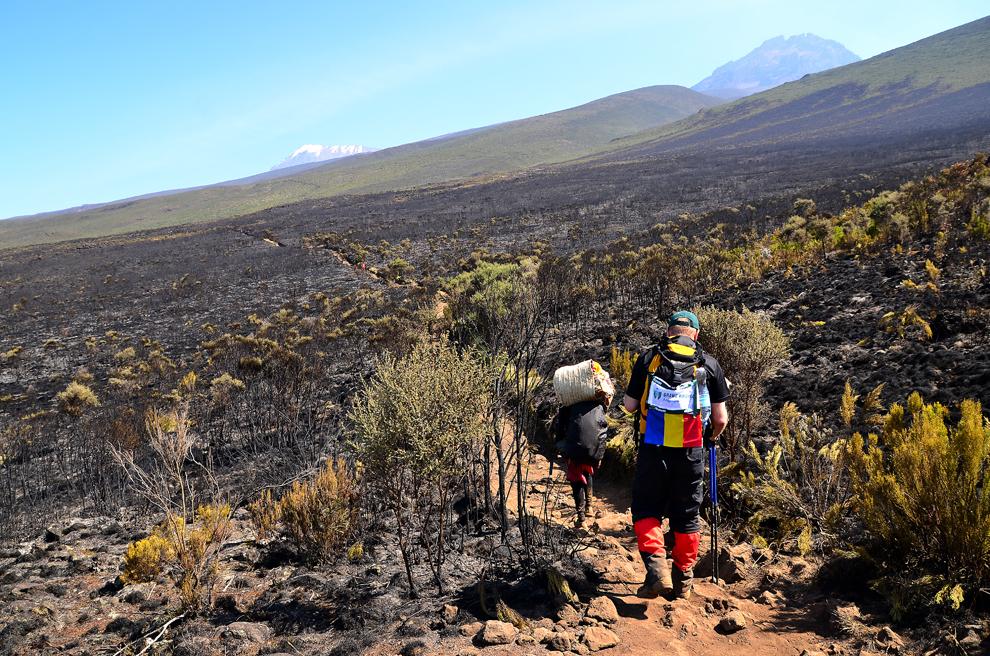 Marangu Route, traseul către Uhuru Peak, muntele Kilimanjaro, Tanzania, miercuri, 10 iulie 2013.