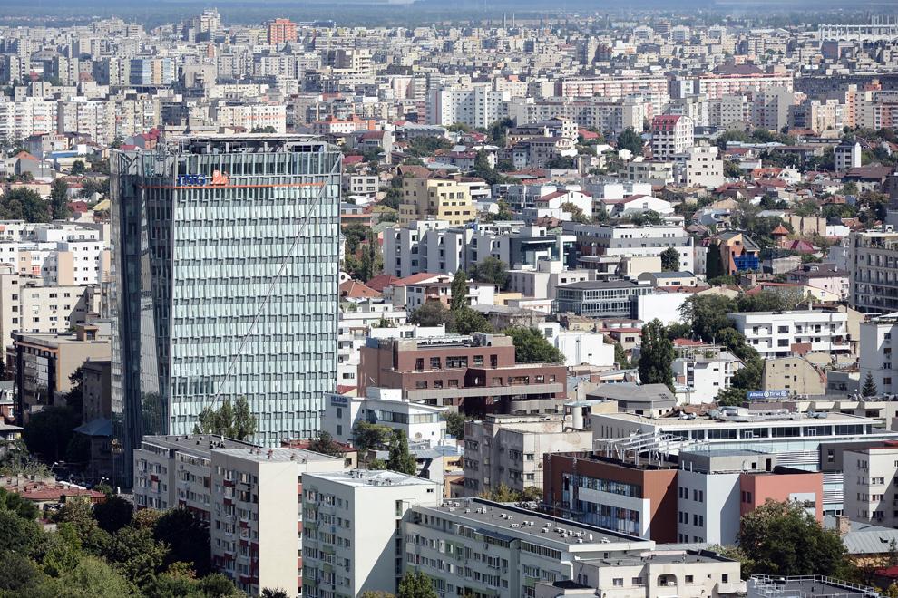 Sediul ING, bulevardul Iancu de Hunedoara.