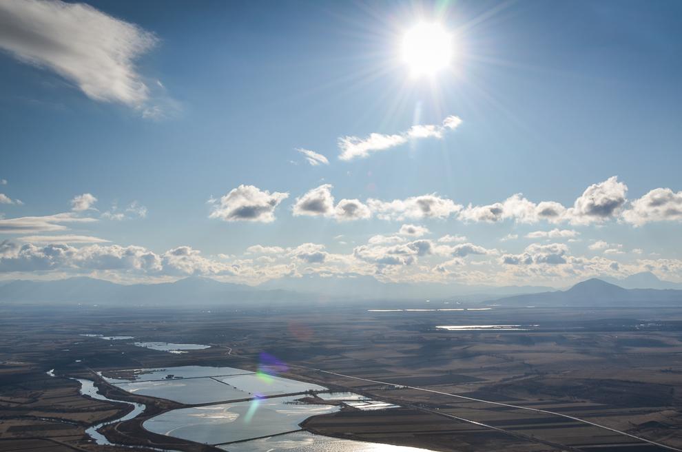 """Lacurile Dumbrăviţa cunoscute şi sub denumirea """"Delta din Carpaţi""""."""