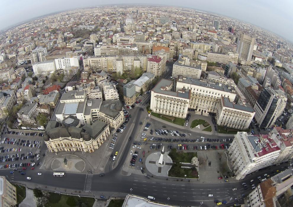Fotografie aeriană, realizată în Bucureşti, luni, 24 martie 2014.