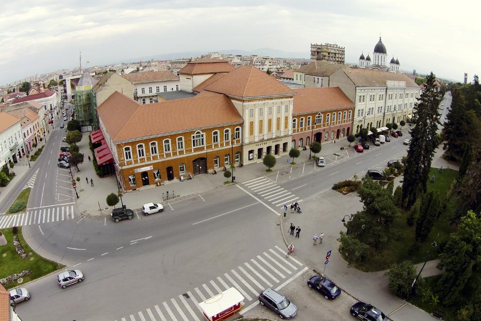 Fotografie aeriană, realizată în Sfântu Gheorghe, vineri, 5 septembrie 2014.