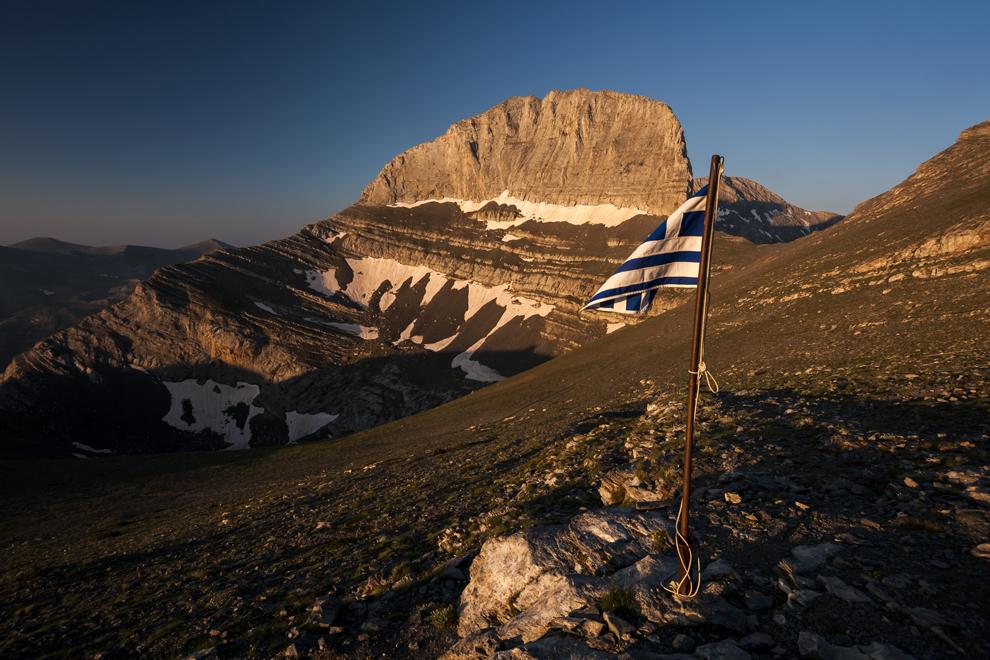 """Vârful Stefani (2909m), cunoscut ca """"tronul lui Zeus"""", Muntele Olimp."""
