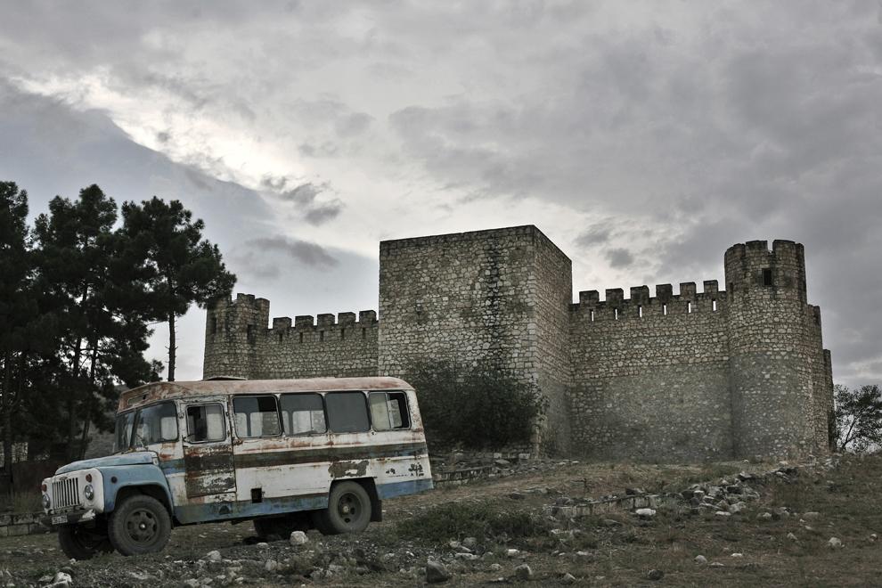 Tigranakert, castelul muzeu, lângă oraşul Tigranakert, costruit de regele Tigran cel Mare (sec I), in regiunea Aghdam, Nagorno-Karabah, vineri 19 septembrie 2008. Săpăturile arhelogice au început la Tigranakert în luna martie, 2005 şi sunt în desfăşurare.