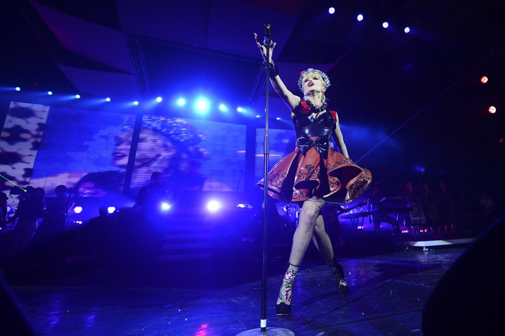 Loredana Groza susţine un concert la Sala Palatului din Bucureşti, duminică, 25 noiembrie 2012.