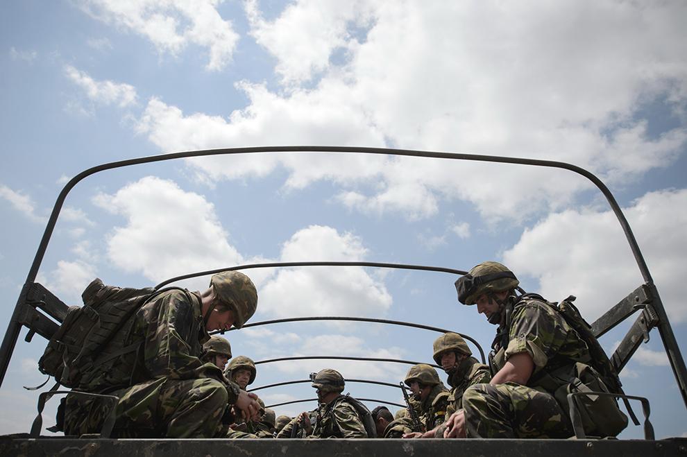 Militari ai Infanteriei Marine participă la exerciţiul Platinum Eagle – 15, desfăşurat la poligonul Babadag, judeţul Tulcea, marţi, 26 mai 2015.