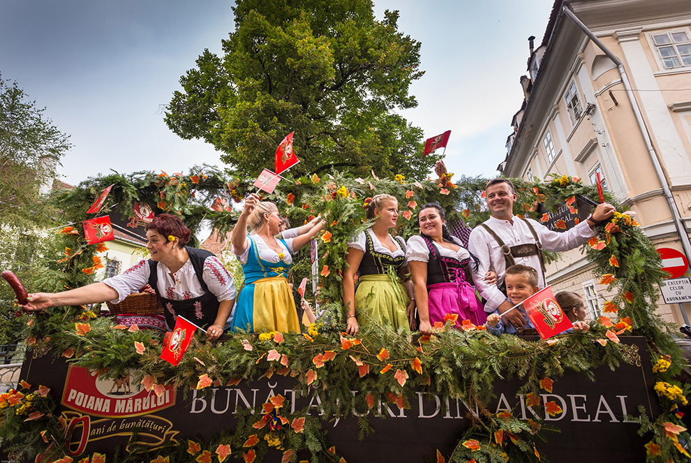 Deschiderea celei de a şaptea ediţii a Festivalului Oktoberfest, în Braşov, joi, 3 septembrie 2015.