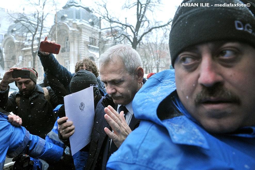 Presedintele PSD, Liviu Dragnea, soseste la sediul Inaltei Curti de Casatie si Justitie (ICCJ), pentru a fi audiat in dosarul DGASPC Teleorman, miercuri 21 martie 2018.