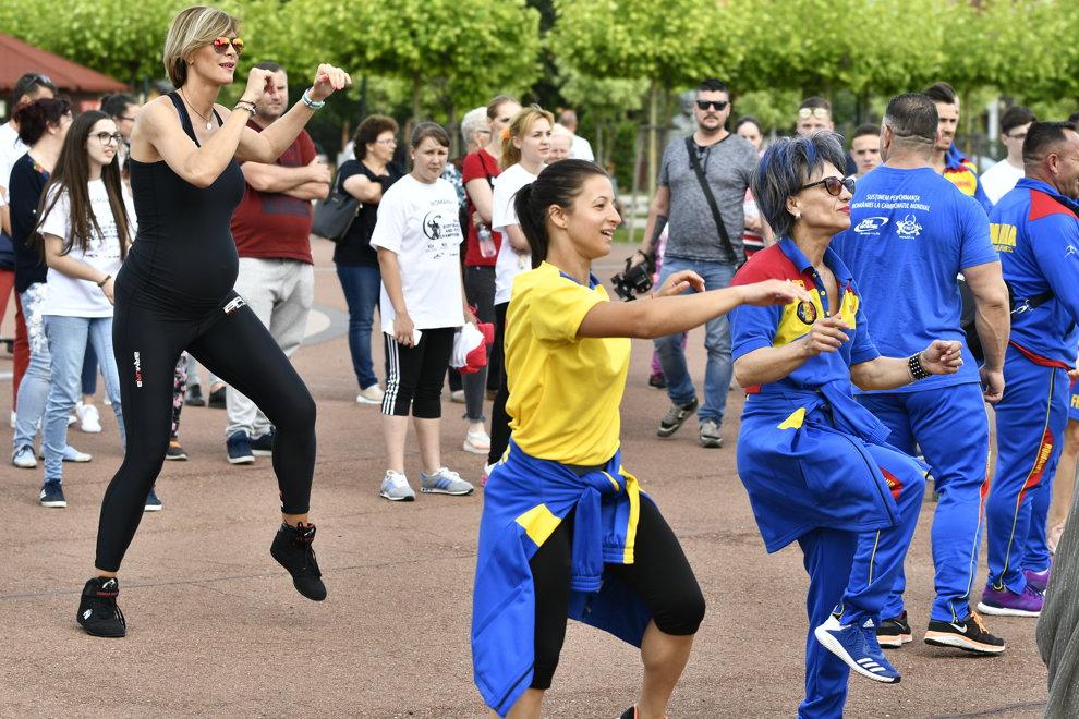 Roxana Ciuculescu participa la 'Fitness Festival - Toata lumea face sport', vineri, 18 mai 2018, in Drobeta Turnu Severin. JUSTINEL STAVARU/MEDIAFAX FOTO