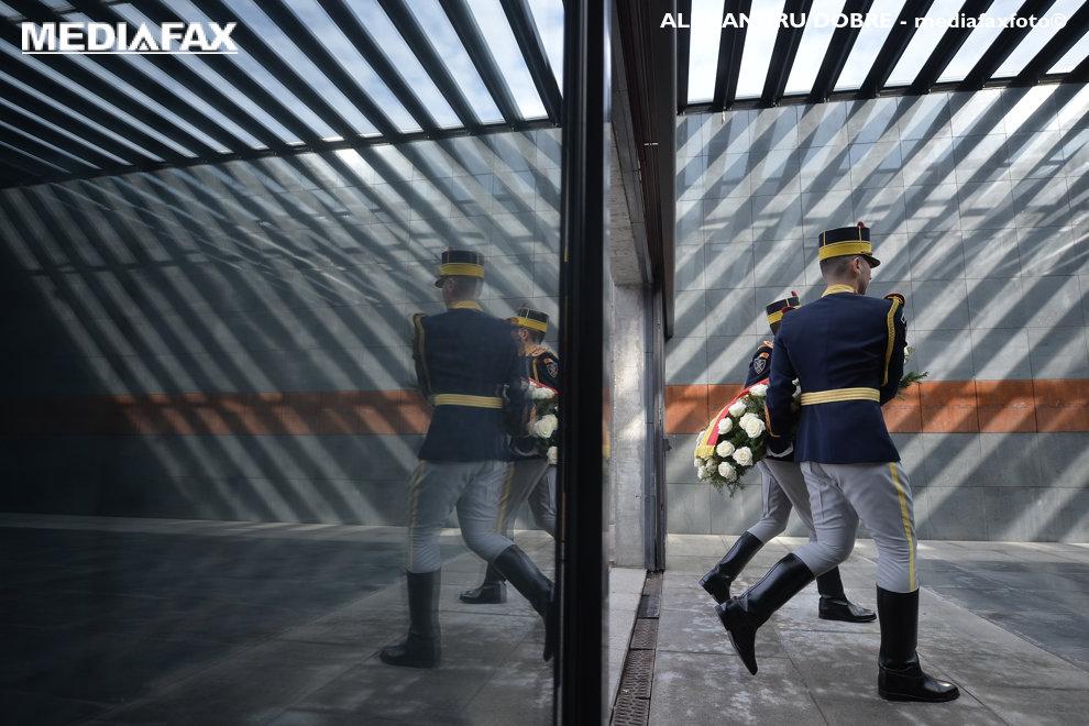 Ceremonia de depunere de coroane la Monumentul Memorial al Holocaustului din Bucuresti, marti, 9 octombrie 2018. ALEXANDRU DOBRE / MEDIAFAX FOTO