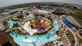E timpul pentru distracţie! Se redeschide cel mai mare parc acvatic din România - FOTO