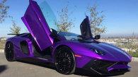 Două bunicuţe, un Lamborghini