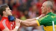 Viral: Bătăi între fotbalişti şi arbitri