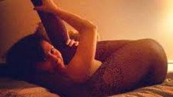 Incredibil! Ce poată să facă în pat soţia unui celebru actor! FOTO