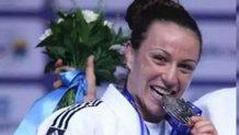 Cum arată în costum de baie cea mai tare judokană din România!