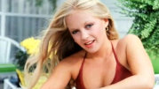 Cum arată Lucy Ewing din Dallas la 36 de ani de la apariţia în serial