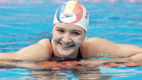 O mai recunoşti? Transformare uluitoare a unei campioane la nataţie din România
