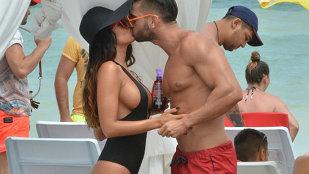 Cum poate să arate topless iubita lui Dorian Popa !