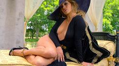 Jennifer Lopez, mai ceva ca Alexandra Stan! Artista şi-a arătat zona intimă în noul clip