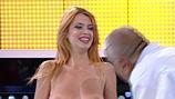 """S-a dezbrăcat, în direct, la """"Te pui cu blondele""""! Reacţia invitatului a fost... XXX"""