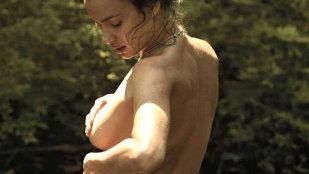 Irina Shayk a scăpat de bikini! Priveliştea e fulminantă