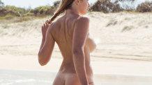 Cum face plajă o vedetă! Imagini interzise minorilor