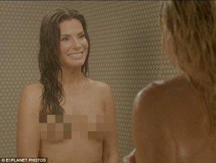 A şocat publicul! Sandra Bullock a arătat tot la TV - Scene lesbi la duş